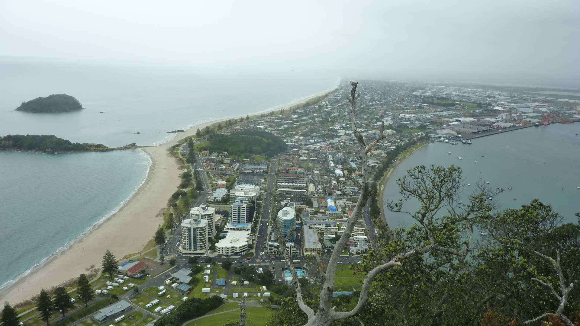 Tauranga Daytrip & Waihi Beach Track